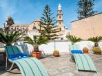 Terrazza Santa Maria: Characterful Apt with Pool