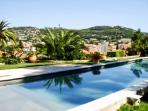 Villa in Le Cannet (French Riviera) w/ private pool and WiFi - minutes from Cannes & the Croisette!