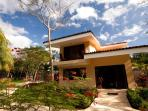 Just a few steps from the beach in Playa Ocotal