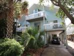 Pelican Perch - Open and spacious 4 bedroom unit one block for the beach.