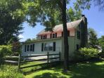 Renovated Farm House  with Pool & 2 Fireplaces