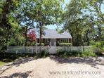 CHARMING CAPE IN ISLAND GROVE THAT IS TRUE VINEYARD!