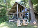 COZY ROMANTIC LOG CABIN   VERMONT   TWO BEDROOM   HIKING   SKIING   PRIVATE   ALL AMENITIES Photo