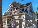 3703 La Gloria Cottage by the Sea - Walk to Town and Beach - Dog Friendly