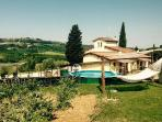 Holiday house with pool : Colorino
