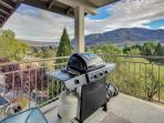 3rd floor condo w/ amazing views, room for 6, & shared pool