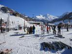 Centre of Mottaret & Mnt. Vallon in background at nearly 3,000m the best longest red run in Méribel!