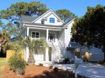 1513 Miller Avenue - Bright and Beachy - Great Location - Deluxe Amenities Photo