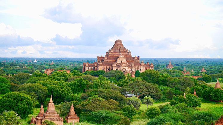 バガンの寺院