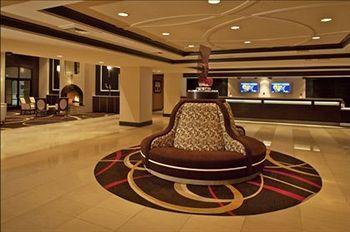Fitz Casino and Hotel
