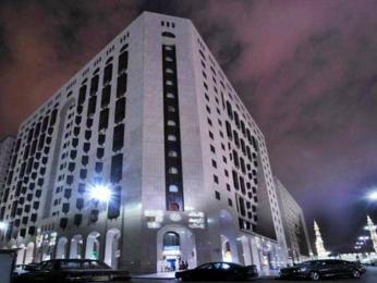 Luxurious Al Rawdah Suites