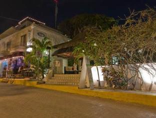 Tropical Escape Hotel