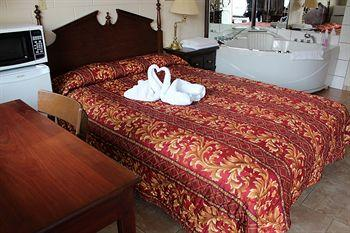 Ritz Inn Niagara & Wedding Chapel