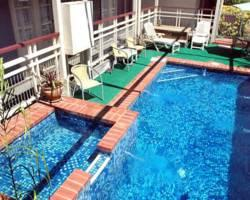 Riverboat Lodge