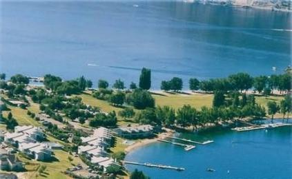 Wapato Point Resort