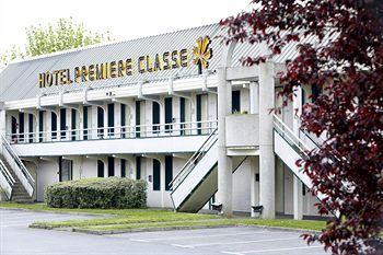 Premiere Classe Saint Quentin En Yvelines - Elancourt