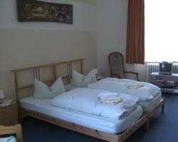 Hotel-Pension Uhland am Kurfuerstendamm