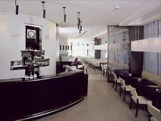 Ixo Hotel