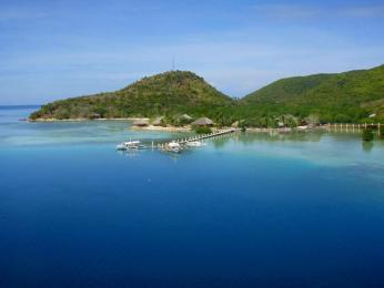 Coral Bay Beach & Dive Resort