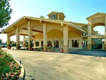 Baymont Inn & Suites Terrell