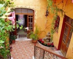 Casa Sacnicte Bed and Breakfast