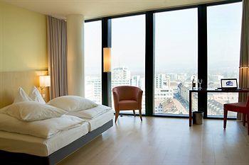 라마다 플라자 바젤 호텔 앤드 컨퍼런스센터