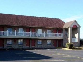 Rodeway Inn near Naval Hospital