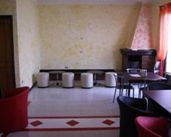Hotel Food & Drink