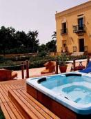 Hotel Domus Aurea