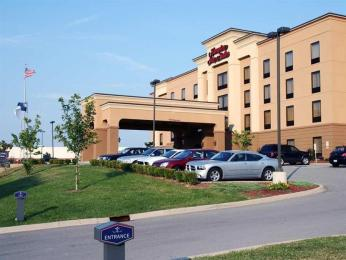 ‪Hampton Inn & Suites Louisville East‬
