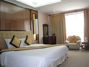 Oasis 1 Hotel