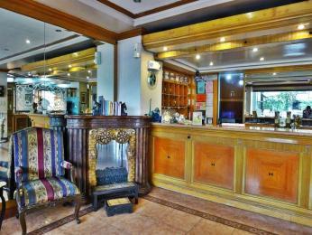 Golden Pine Hotel