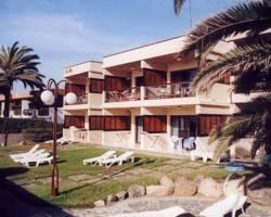 Con Mar Apartments