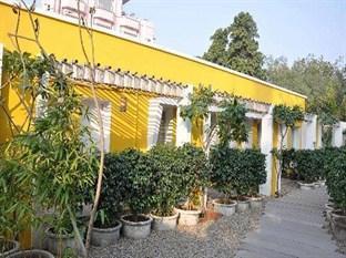 Devraj Niwas (Stay Well Planted)