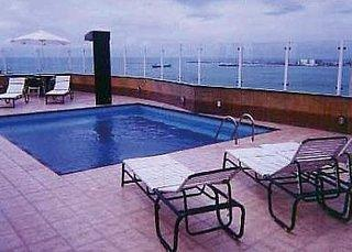 Plaza Praia Suites