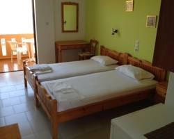 Zefyros Rooms