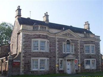 Rounceval House Hotel