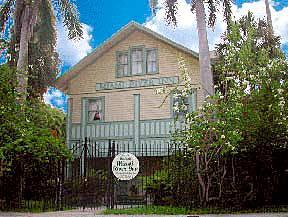 Historic Miami River Hotel