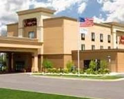 Hampton Inn & Suites Grand Rapids Airport / 28th St
