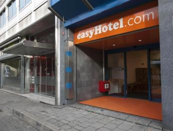 easyHotel Rotterdam City Centre Hotel