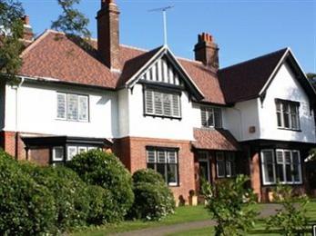 Ixworth House
