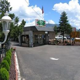 Budget Host Saga Motel