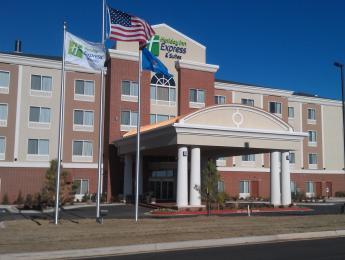 Holiday Inn Express Hotel & Suites Elk City