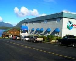 Maquinna Lodge