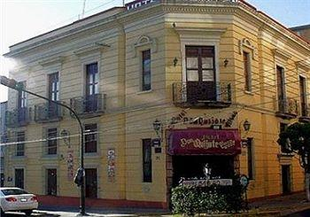 Don Quijote Plaza