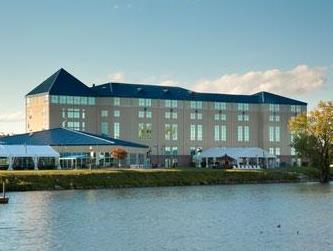 日内瓦湖畔华美达酒店