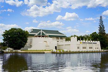 Buddy Oriental Riverside Pakkred