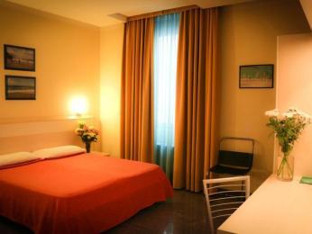 ホテル ロザンナ