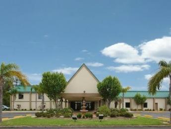 Photo of Econo Lodge & Suites Orange