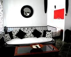 V.T.V. Edus Apartments